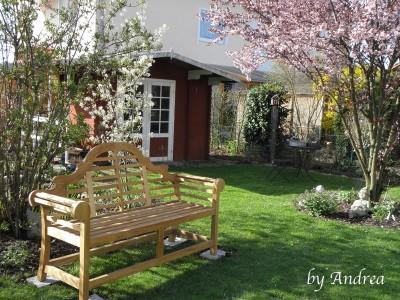 Unsere neue Gartenbank